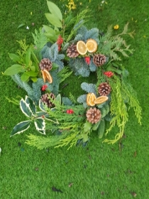 Fresh Christmas Grave Wreath Slices & Berries